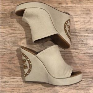 Tory Burch Canvas Wedge size 9